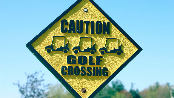 Golf Crossing sign